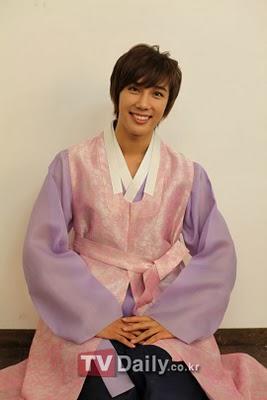 """Park Jung Min, """"¡Romperé ese record con un escenario poco convencional!"""" Media1"""