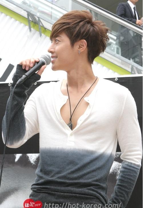 """03.07.12] [Pics] SS501 Kim Hyun Joong – Evento de """"HEAT"""" en"""