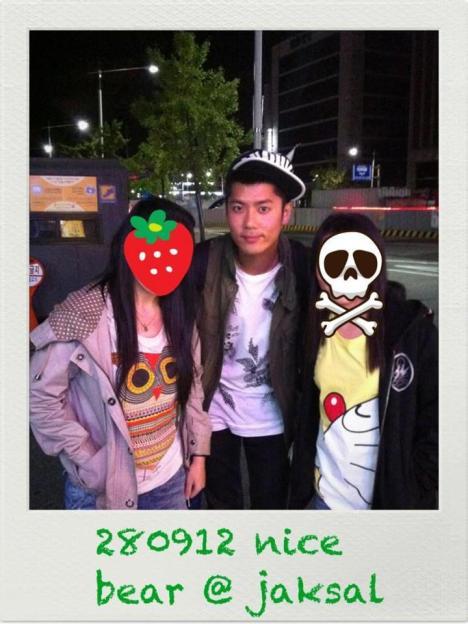 [29.09.12] [Pics] Kim Kyu Jong en Jaksal (28.09.12) 21kkjjaksal