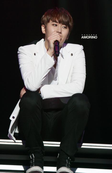 [28.09.12] [Pics] Más fotos del concierto de Heo Young Saeng en Tokio 6hystokioconcert